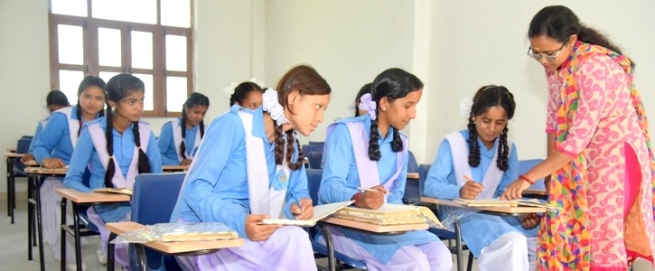 Faculty   Department   Course   Himalayan Garhwal University