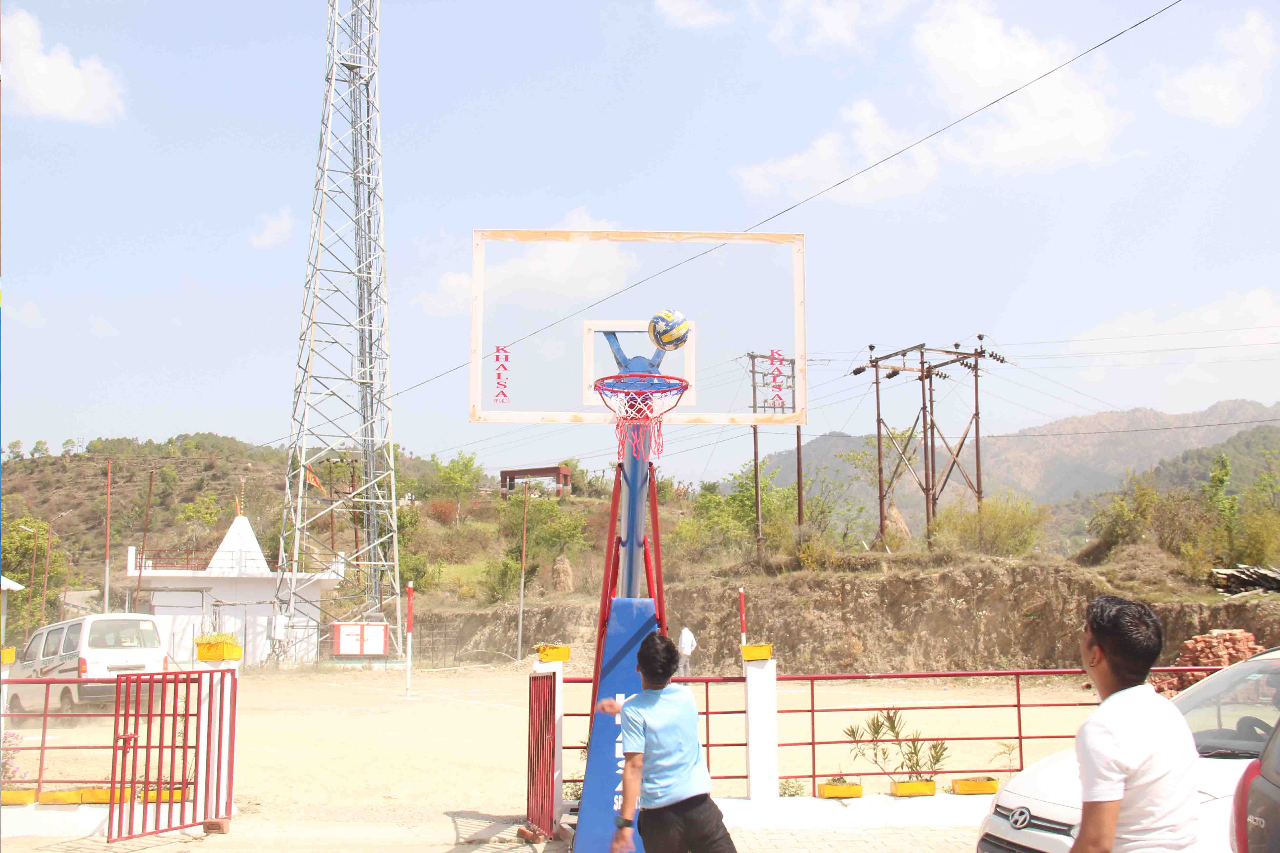 Himalayan Garhwal University Admin Office with College Cab